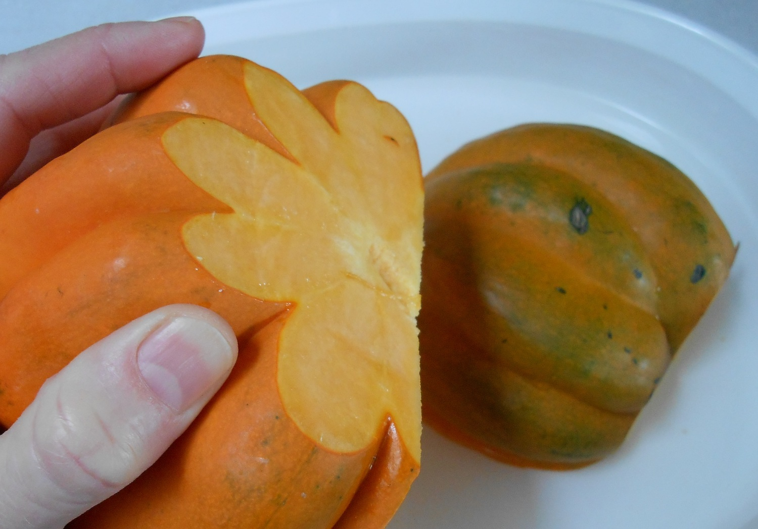 acorn squash with stem removed